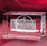 記念品のためのBulidingの彫版の水晶立方体