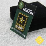 El pasador de seguridad personalizado al por mayor de esmalte Insignia la insignia de la policía Matriceria