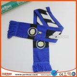 Эластичные акриловые вентиляторы клуба связали шарф
