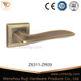 Un design moderne chrome Type carré noir de la poignée de verrouillage de porte (Z6226-ZR15)
