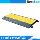 Rampe di gomma della strada di prezzi di fabbrica che piegano protezione del cavo del pavimento