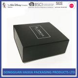 Lujo de encargo plegable el rectángulo de empaquetado de la cartulina del regalo rígido del papel con la impresión de la insignia