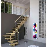 カスタマイズされた階段まっすぐな木製のステアケースデザイン