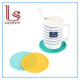 Personnalisés en silicone résistant à la chaleur Odor-Free Cuisine Cuisson silicone mat Coaster, tapis de coupe en caoutchouc de silicone