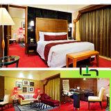 Quarto de hotel em madeira escura (CH-KF-021)