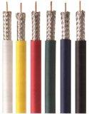 Le client a fait à la veste RG6 de couleur le câble de Soild de câble coaxial de liaison
