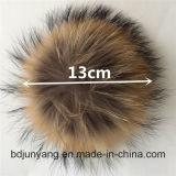 Het Hangen van de Zak van Pompom Keychain van het Bont van de wasbeer Levering voor doorverkoop