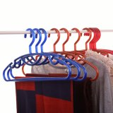 Wholesale Prices를 가진 Retro Dark Color Plastic Hanger