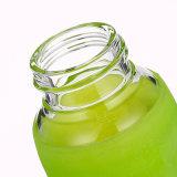 Glaswasser-Flasche mit wasserundurchlässiger Schutzkappen-und Silikon-Hülse