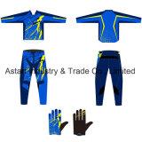 Vestiti su ordine del motociclo dell'attrezzo del MX di motocross