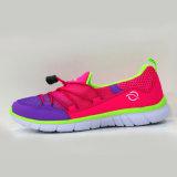 Schoenen van de Sport van het Netwerk van de Manier van de Schoenen van het Strand van de zomer de Comfortabele voor Mensen