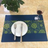 La FDA en caoutchouc de silicone antidérapant Tablemat Tapis de coupe pour la maison ou un restaurant