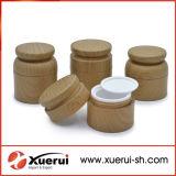 El patrón de la madera de plástico vacía tarro de crema cosmética