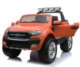 2015 Ford Ranger d'une licence ride sur la voiture avec la musique MP3