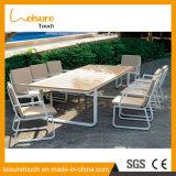Открытый современный алюминиевый отель/домашнего досуга обеденный стол и стул, патио с видом на сад мебель