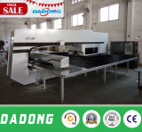 CNC Punch Press CNC Servo Drive Turret Punching Machine para Punch Hole