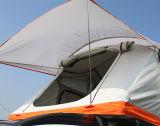 Das Familien-Auto-Zelt-im Freienkampieren knallen oben Dach-Spitzenzelt