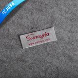 Escritura de la etiqueta tejida damasco de la ropa de la marca de fábrica de los cabritos de encargo de la insignia