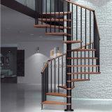 Escalera de caracol interior utilizado varilla de madera con baranda de la banda de rodadura