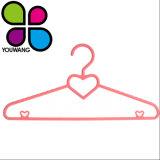 40см Heart-Shaped дизайн одежды ремня пластиковые вешалки для оптовых