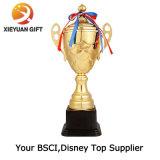 Placage or 3D pour le Trophée Souvenir de football