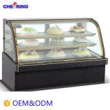 Doppelter Lichtbogen Mable Kuchen-Schaukasten in der Abkühlung