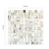 Azulejos de mosaico cuadrados decorativos del vidrio manchado de la pared del cuarto de baño