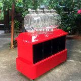 El dibujo de la máquina de la Lotería con sólidos bolas o pelotas de ping pong