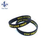 Les articles promotionnels Multi-Color bracelet en silicone personnalisé
