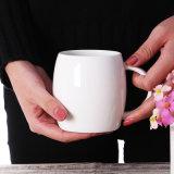 la tazza di ceramica bianca 11oz con il marchio ha stampato, tazza di caffè con il cucchiaio