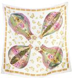 Kundenspezifische Form-Quadrat-Dame Silk Scarf