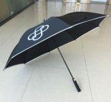 Mode faite sur commande annonçant le parapluie r3fléchissant de type de golf pour le jour de soirée