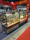 Showcase comercial claro do refrigerador do bolo do indicador do diodo emissor de luz do Ce comercial da boa qualidade