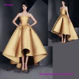 ein erstaunliches trägerloses Embroideried goldene Hochzeits-Kleid mit Tee-Länge