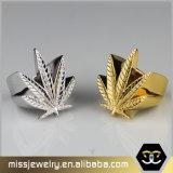 Высокими Polished кольцо ювелирных изделий нержавеющей стали сформированное листьями выгравированное для людей