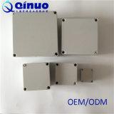 Scatola di giunzione impermeabile sigillata plastica di Qinuo del fornitore (formati personalizzabili)