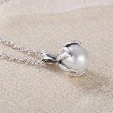 925の純銀製の本物の真珠の吊り下げ式のネックレスの宝石類