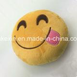 Подушка Emoji взволнованности с цветастой вышивкой