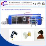 Disposale Plastikei-Tellersegment, das Maschine herstellt und bildet