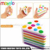 Het nieuwe het Toenemen van de Cake van de Driehoek van de Regenboog Squishy Langzame AntiSpeelgoed van de Spanning