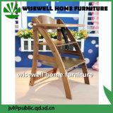 Cadeira de alimentação do bebé em madeira com bandeja