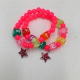 Schönes Raupe-Armband mit Legierung Stars hängende Form-Schmucksachen