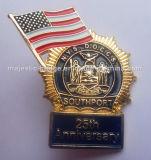 Покрынный золотом значок годовщины мягкой эмали американский