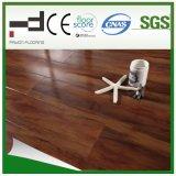 Plancher stratifié à l'épreuve de l'eau en noyer 8mm Crystal Surface 3 Strips avec meilleure vente