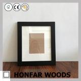 Cornice classica di legno solido dell'annata