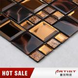 La decoración de cristal de los colores mezclados junta las piezas del azulejo de mosaico del espejo para el interior