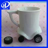 colore creativo del fumetto 3D dell'automobile del bus della tazza di caffè della tazza di ceramica sveglia calda della tazza
