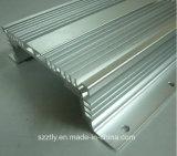 Aluminium 6063/6061 Legering die van de Uitdrijving het Profiel van Heatsink/van de Radiator anodiseren