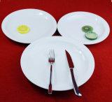 Colore di ceramica di bianco dei piatti