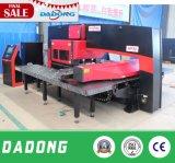 알루미늄 장 가공을%s 중국 공장 CNC 포탑 펀칭기 또는 각인 사용